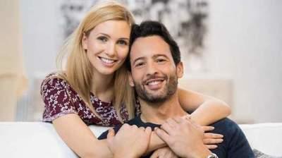 Polyamoryrummet gift och dating titta på nätet är vi officiellt dating online gratis streaming